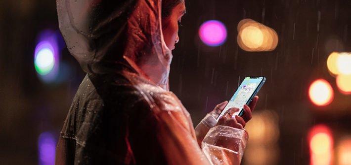 iPhone XR Street Shot