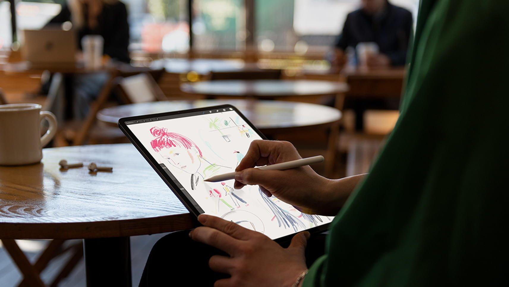 iPad Pro Apple Pencil Sketching