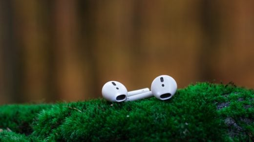 airpods-bluetooth-device-iphone-accessories
